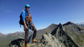 Alpinisme aux Aiguilles de la Lé