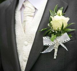 Bräutigam-Outfit von KPM Massmode