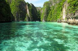Genießen Sie auf Ihrer Thailand Reise eine Schnorcheltour nach Koh Phi Phi.