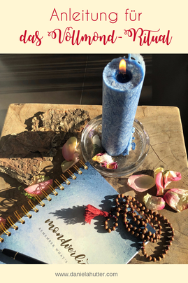 Vollmond Ritual wird unterstützt durch Meditation, Räuchern, Journaling