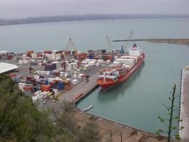 Blick von Bluff Hill auf den Hafen