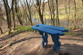 Miško suoliukas / Forest bench (photo Gintaras Burba)