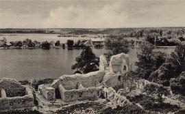 Trakų pilies griuvėsiai / The Trakai castle rubble