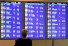 Информационные табло вылетов и прилетов аэропорта Мадрид Барахас