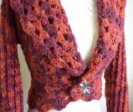 Chaqueta con cuello doblado tejido a crochet (3 tallas)