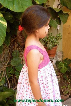 vestido con pechera en ganchillo tunecino