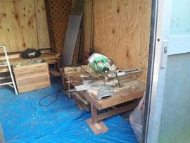 農園主が工作部屋を作りました(子供たちも木工遊びができるようになりました)