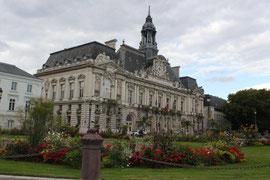Hôtel de Ville de Tours : déménager en Touraine