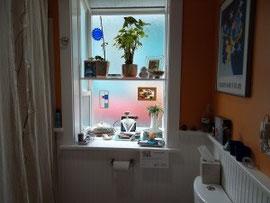 キッチンはスカイライトを付けて自然光を取り込み