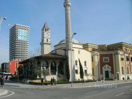alte u. moderne Haupstadt Tirana