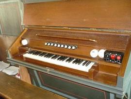 Orgel in Altwildungen, Spieltisch