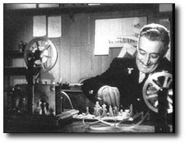 """Dal film """"Destinazione Piovarolo"""" - Partita a scacchi via telegrafo"""