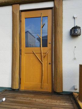 ログハウス 玄関ドア 木製