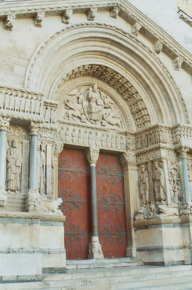 Sain Trophime de Arles, Francia