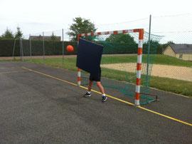 Bouclier de gardien de handball en mousse de Sarneige. Bouclier de gardien de handball à acheter pas cher.