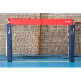 Protections de poteaux de but de handball en mousse Sarneige. Protections de poteaux de cage ou but de handball en mousse à acheter pas cher.