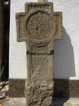 Das Petrus Selecus-Kreuz von 1630, mit dem Nikläschen versetzt (2008)