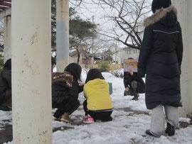 雪のなか公園ホサナもしました