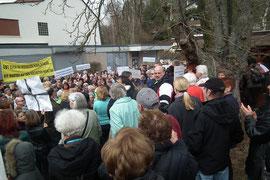 dudweiler, protest, kundgebung, schliessung freibad