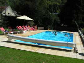piscine chauffée des gites de Bourguignon-sous-Montbavin près de Laon dans l'Aisne