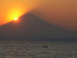 ダイアモンド富士の2日前の写真ですが・・・
