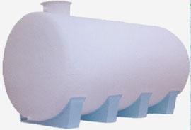 depósito poliéster horizontal con cunas de apoyo
