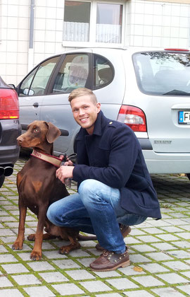 Albin mit seinem neuen Herrchen