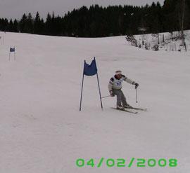 Hermann beim Skirennen 2008
