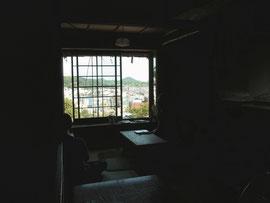 喫茶「帆雨亭」の窓から