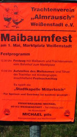 Maibaumfest in Weißenstadt am See auf dem Marktplatz