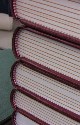 gerundete Buchblocks mit Kapitalband