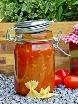 Zucchini-Paprika-Chutney