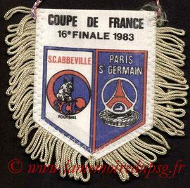 Fanion  Abbeville-PSG  1982-83