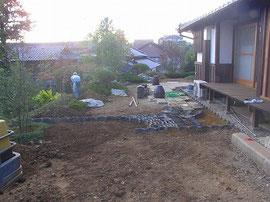 造園工事 既存瓦を再利用 (2)