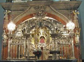 Messe vor dem Gnadenaltar in der Basilika Mariazell