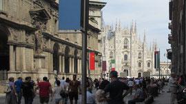 Am Samstag blieben wir vor dem Abflug noch in Mailand, der Wirtschaftsmetropole von Italien.