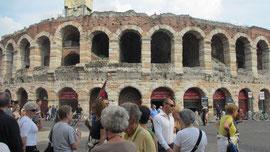 Am Samstag besuchten wir Verona, Foto zeigt die alte Arena.