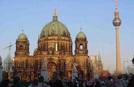 Berliner Dom u.Fernseetrum : Foto.jin
