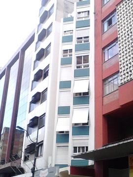 Recuperação de fachada prédio Rua Alberto Bins, em Porto Alegre