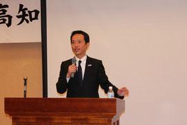 持続可能な国家づくりで持論を述べられる高野光二郎氏