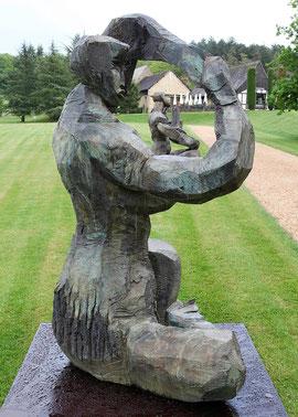 Polyanthe, 2000, Bronze, 215 x 135 x 128 cm