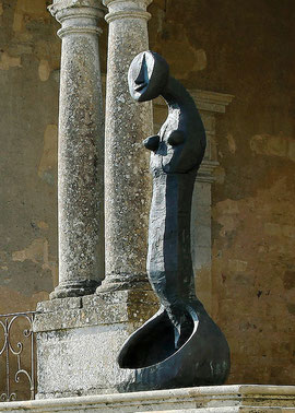 Big Spoon (Empty Spoon VII), 2006, Bronze, 6 Ex. 280 x 78 x 90 cm