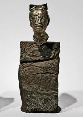 Figur 159, 2008, Silber vergoldet, Eisen, Amethyst, Unikat, Höhe 26 cm