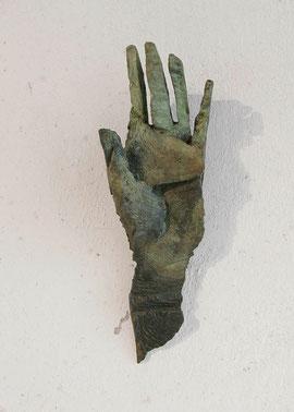 Hand 17, 2005, Bronze, 9 Ex., 35 x 12,5 x 8 cm