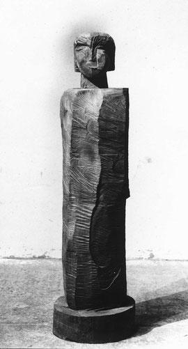 Stele WdK, 2002, Bronze, 163 x 40 x 40 cm