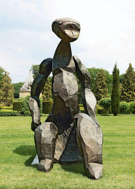 Entwurf für eine große Figur IV, 2004, Bronze, 1/6 Ex. 227 x 120 x 210 cm