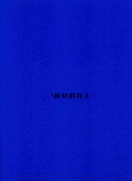 copertina blu con impressione a secco e inchiostro blu