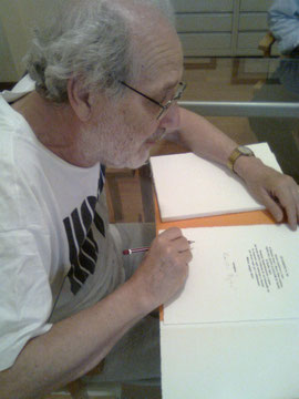 il maestro Isgrò firma i colophon