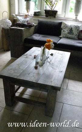 Lounge Tisch mit Glas