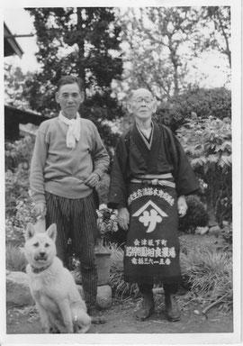 左:二代目 博 右:初代 伴吉